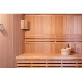 Sauna Perinteinen Vesta 4 hengelle Perinteinen sauna 4 hengelle.Koko: 2000 x 1750 x 2000 mmPuu: HemlockVä